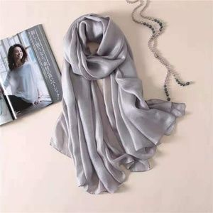 Accessories - Brand new silk and linen scarf